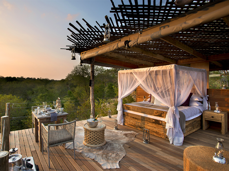 Pembury Tours - Lion Sands - Kingston Treehouse - Sabi Sands Game Reserve - Kruger National Park - Accommodation - Bedroom