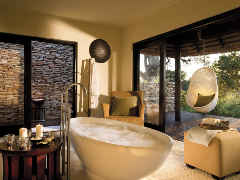 Pembury Tours - Kruger - Sabi Sands - Lion Sands River Lodge - Bathroom