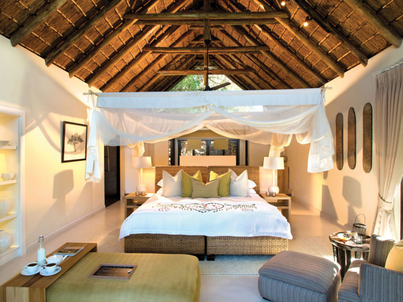 Pembury Tours - Lion Sands - River Lodge - Sabi Sands Game Reserve - Kruger National Park - Accommodation - Bedroom
