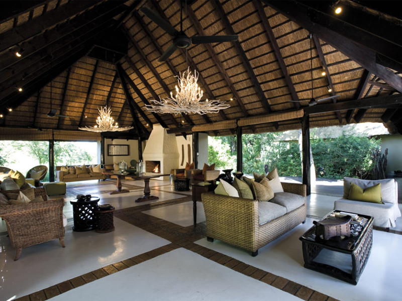 Pembury Tours - Kruger - Sabi Sands - Lion Sands River Lodge - Lounge - Open Plan