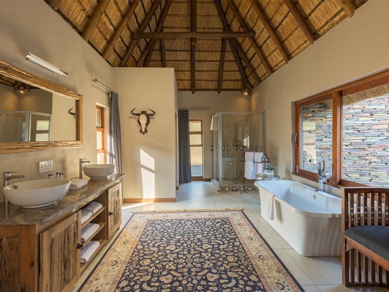 Pembury Tours - Arathusa Safari Lodge - Sabi Sands Game Reserve - Kruger National Park - Accommodation - Bathroom