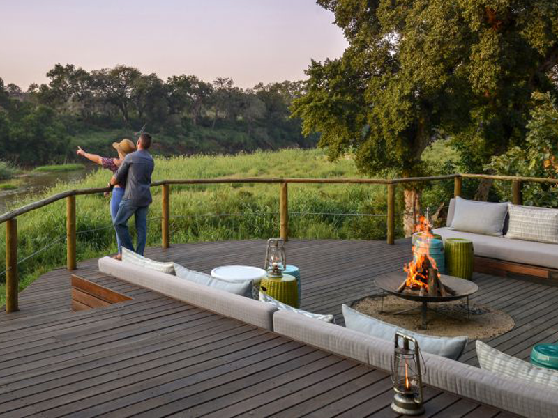 Pembury Tours - Lion Sands Narina Lodge - Sabi Sand - Kruger National Park - Accommodation - Deck