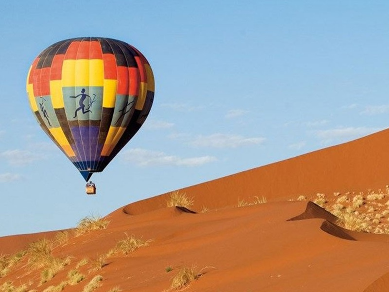 Pembury Tours - &Beyond Sossusvlei Desert Lodge - Namibia - Dunes - Hot Air Balloon