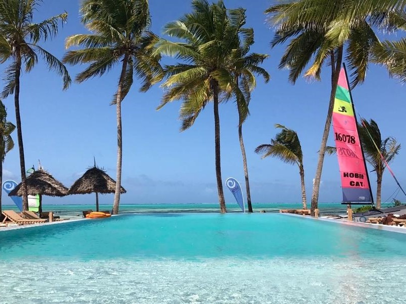 Pembury Tours - The Loop Beach Resort - Jambiani - Zanzibar - Pool