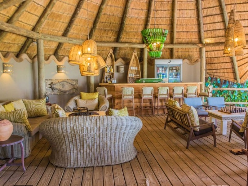 Pembury Tours - Bakwena Lodge - Chobe National Park - Accommodation - Lounge & Bar