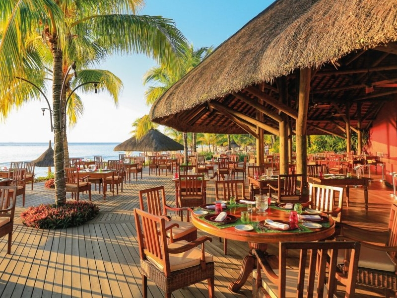 Pembury Tours - Mauritius - Victoria Beachcomber Resort Restaurants - Dining Experiences and Cuisine