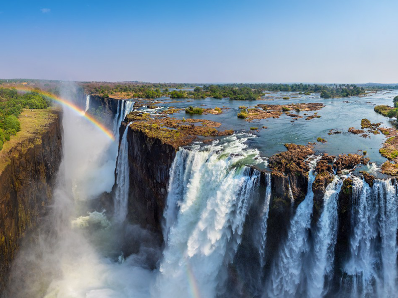 Pembury Tours - Victoria Falls - View the Falls