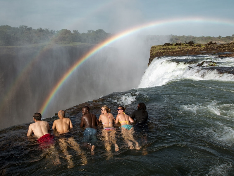Pembury Tours - Livingston e Island Tour - Royal Livingstone Hotel - Victoria Falls - Devil's Pool