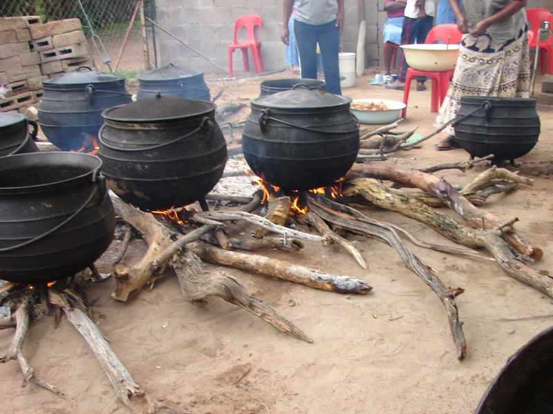 Pembury Tours - Blog - Botswana - Foods - Cooking Seswaa