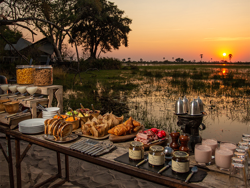Pembury Tours - Abu Camp - Okavango Delta - Botswana - Dining - Breakfast