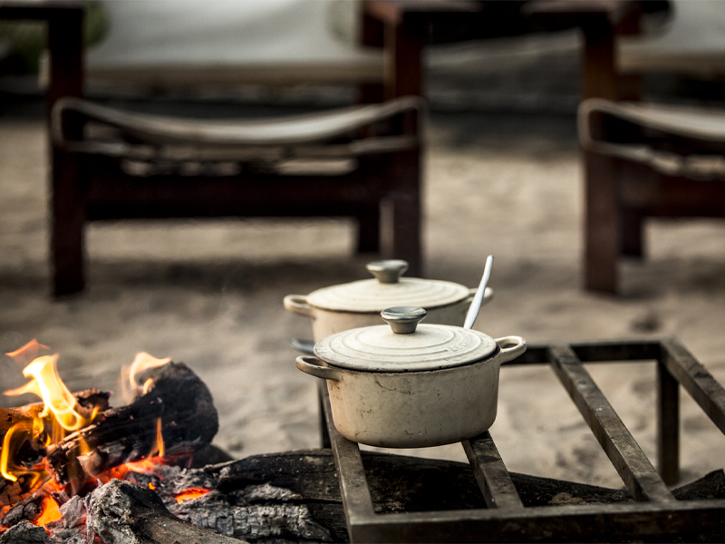 Abu Camp - Okavango Delta - Botswana - Dining - Traditional Outdoor Cooking