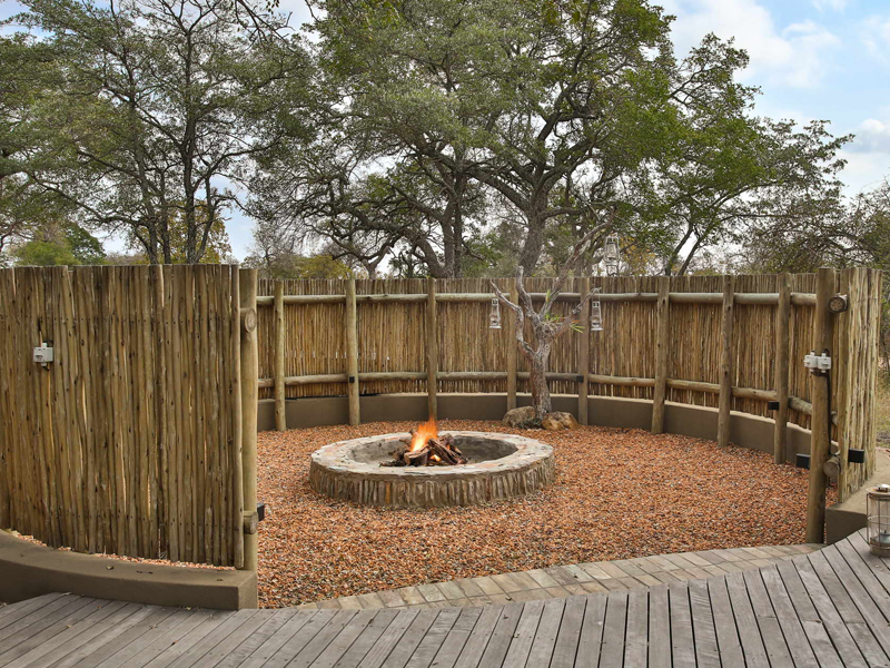 Pembury Tours - Makanyi Private Game Lodge - Timbavati Game Reserve - Kruger National Park - Accommodation - Fire Pit