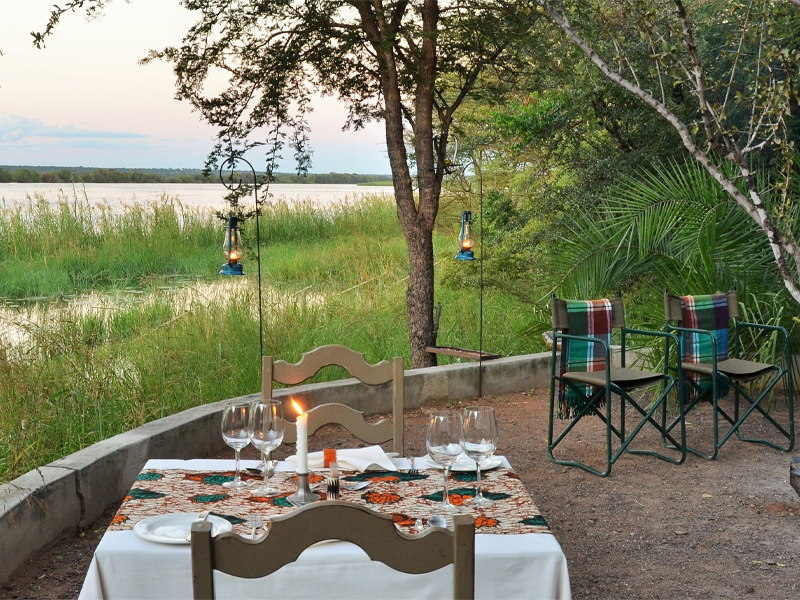 Pembury Tours - Bakwena Lodge - Chobe National Park - Botswana - Accommodation - Outdoor Dining