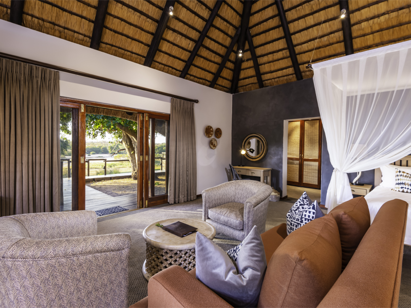 Pembury Tours - Inyati Game Lodge - Sabi Sands Private Game Reserve - Kruger National Park - Accommodation - Bedroom