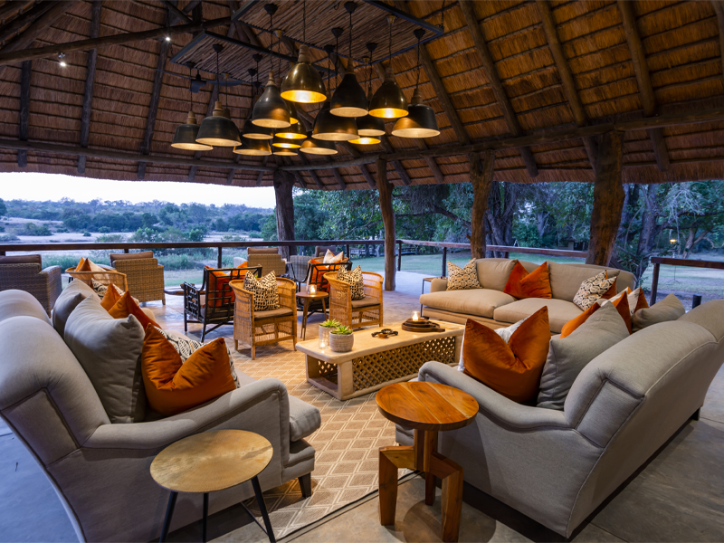 Pembury Tours - Inyati Game Lodge - Sabi Sands Private Game Reserve - Kruger National Park - Accommodation - Verandah - Lounge