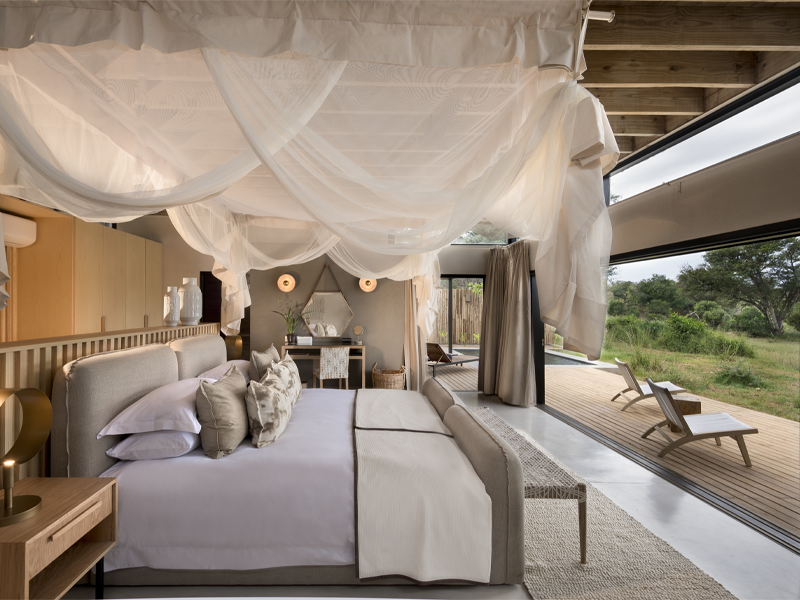 Pembury Tours - Lion Sands - River Lodge - Sabi Sand Game Reserve - Kruger National Park - Accommodation - Bedroom & View