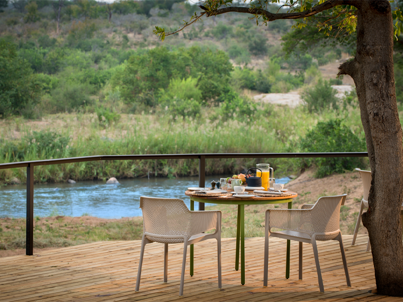 Pembury Tours - Lion Sands - River Lodge - Sabi Sand Game Reserve - Kruger National Park - Accommodation - Outdoor Deck