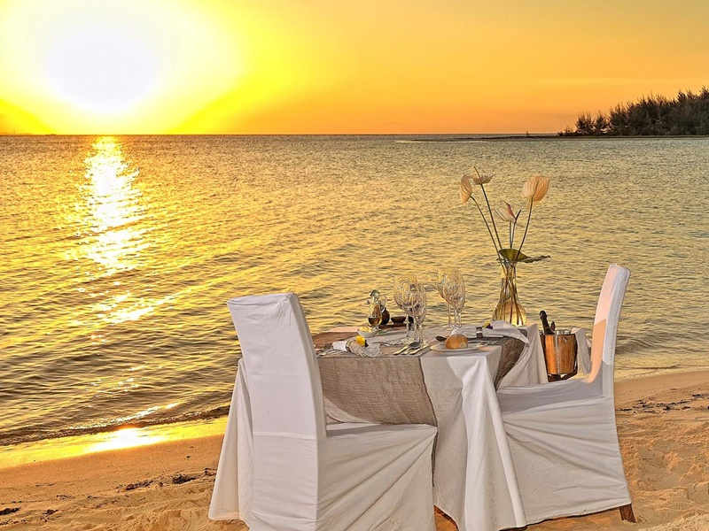 Pembury Tours - Kilindi Zanzibar - Elewana Collection - Zanzibar - Indian Ocean Island - Luxury Accommodation - Romantic Beach Dinner